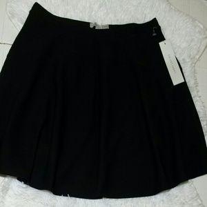Larry Levine Swing Flare Skirt-Size M